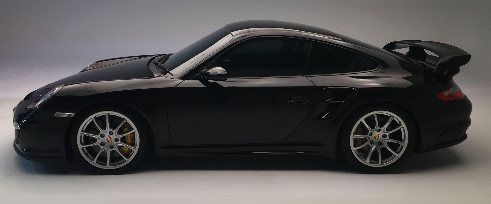 Black Porsche2